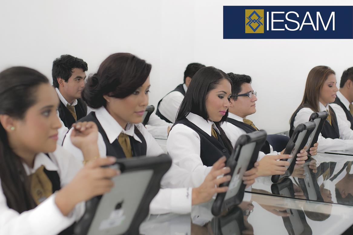 3-licenciatura-en-idiomas-iesam-universidad-anglo-coatzacoalcos-laboratorio-idiomas