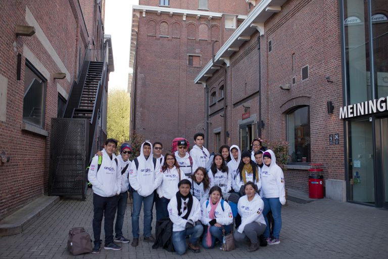 instituto-de-estudios-superiores-anglo-mexicano---programa-de-intercambio-europa-2017-4